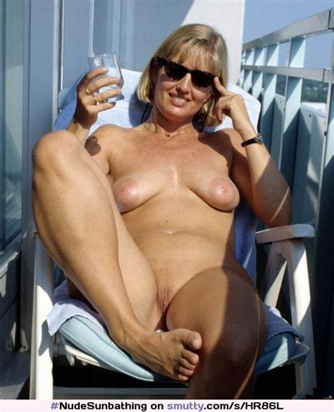 Blonde Milf Housewife Cougar Sunbathing Sunglasses Naturaltits Smoothpussy Shavedpussy