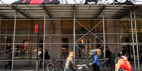york scaffolding sidewalk sheds disasters waiting shoddy ny getty around happen huffpost