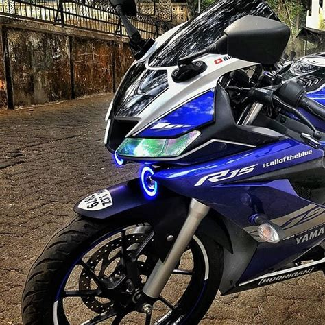R15 Light Modification by Meet Modified Yamaha R15 V3 With Cool Graphics Projector