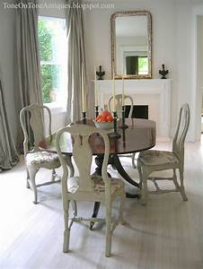 Tone On Tone Duncan Phyfe Dining Table With Painted Queen