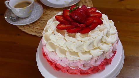 Erdbeeren Fruchtiges Deko Motiv by Erdbeer Kokos Sahne Torte Rezepte Chefkoch De