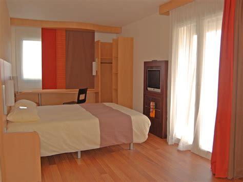 chambre ibis hotel hébergement groupe hôtel ibis caen centre port de