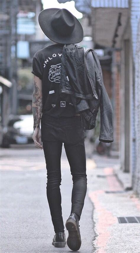 25+ Best Ideas about Mens Grunge Fashion on Pinterest | Grunge men Ripped jeans mens fashion ...
