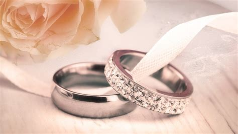 how to save money engagement rings and diamonds