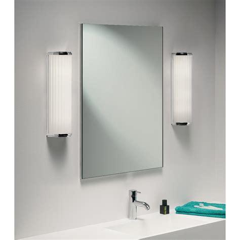 spiegelleuchte bad led bad spiegelleuchte in led mit glas matt monza 400 led