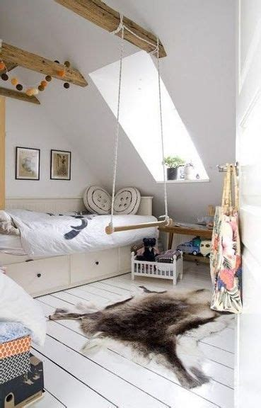 chambre spacieuse une chambre sous pente spacieuse et bien rangée