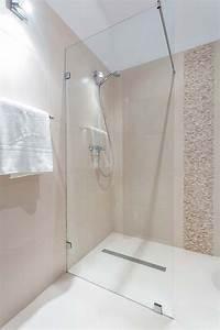 Bodengleiche Dusche Mit Faltbarer Duschabtrennung : ebenerdige duschen schon heute an morgen denken ~ Orissabook.com Haus und Dekorationen