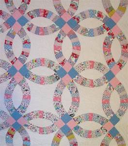 double wedding ring quilt with outer border sold cindy With wedding ring quilt pattern