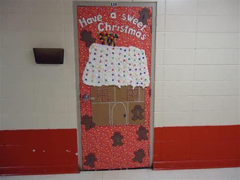 christmas classroom door decorating ideas