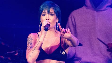 Halsey's New Video For 'without Me'