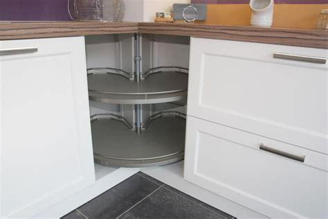 Hacker Kitchen Worktops by Ex Display White Painted Hacker Bristol Kitchen Worktops