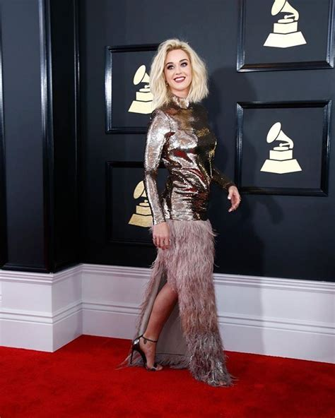 @katyperry on the red carpet at the #GRAMMYs