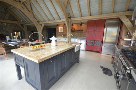 plan de travail cuisine bois brut pourquoi choisir une cuisine avec plan de travail bois