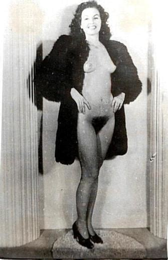 Vintage Retro Photo Nude Under Fur Coat Pics Xhamster