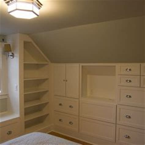1000 ideas about cape cod bedroom on rental