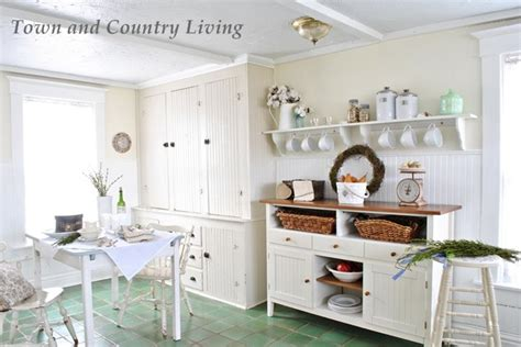 town and country kitchens feature friday town and country living southern hospitality 6312