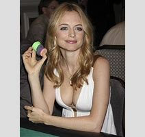 Heather Graham Nude Makes Any Movie Watchable Pics