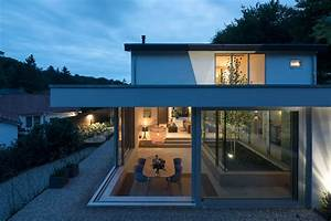 Patio House    Bloot Architecture