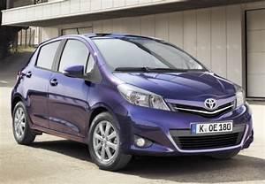 Toyota Yaris Dynamic Business : toyota yaris affaires 90 d 4d dynamic 2012 fiche technique n 143765 ~ Medecine-chirurgie-esthetiques.com Avis de Voitures