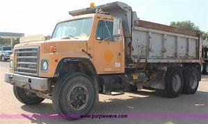 1989 International S1900 Dump Truck