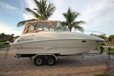 Larson Boats Cabrio 274 by Larson 274 Cabrio Boat For Sale From Usa