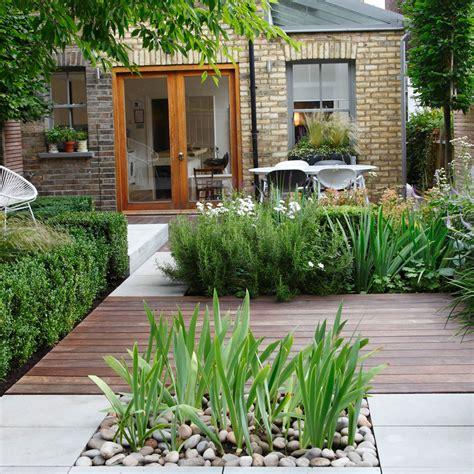 membuat taman rumah lebih asri mudah