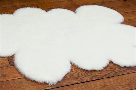 tapis pour chambre bebe diy un tapis en forme de nuage pour la chambre de bébé