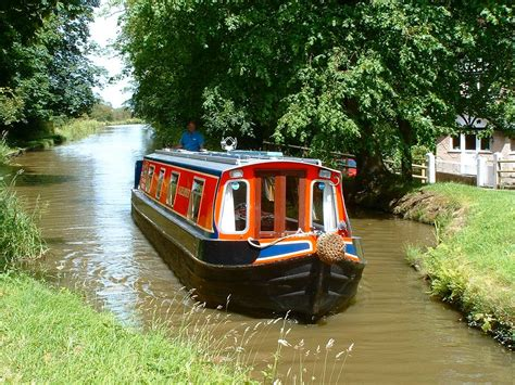 Boating Holidays by Boating Holidays Narrowboats Narrowboat