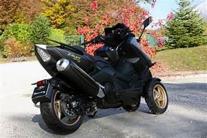 Moto A 3 Roues : lazareth pr sente le mt3 un scooter yamaha tmax moto magazine leader de l actualit ~ Medecine-chirurgie-esthetiques.com Avis de Voitures