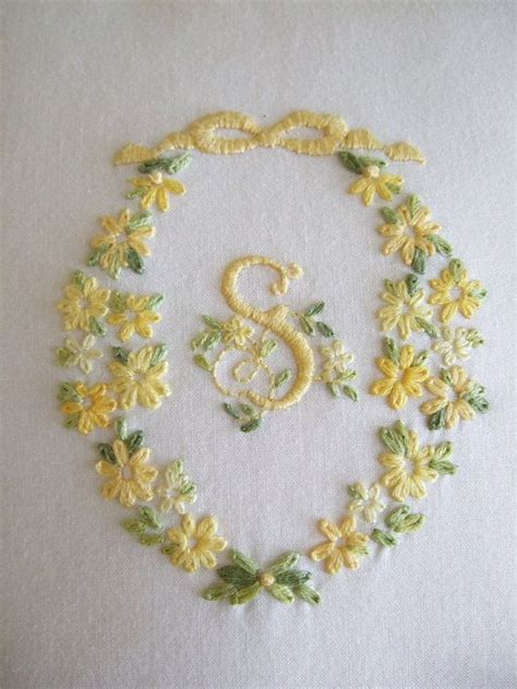 embroriodery  pinterest embroidery patterns hand embroidery  hand embroidered pillows
