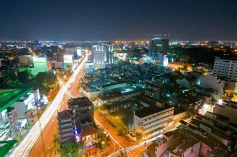 Tòa nhà Centre Point 106 Nguyễn văn Trỗi PN ,TPHCM Dinh