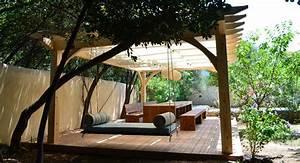 avant apres amenager un espace exterieur ombrage With deco pour jardin exterieur 6 deco bureau entreprise