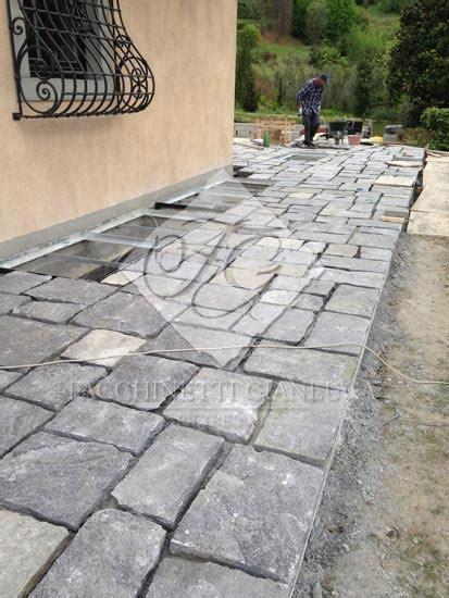 Posa pavimenti in ardesia per esterno a Bergamo