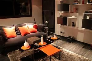 deco salon cuir noir With tapis de gym avec canapé marron vintage