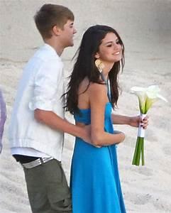 Selena Gomez Justin Bieber Photos - Justin and Selena Make ...