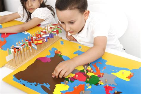What is the Montessori Model? How Self-directed Learning ...