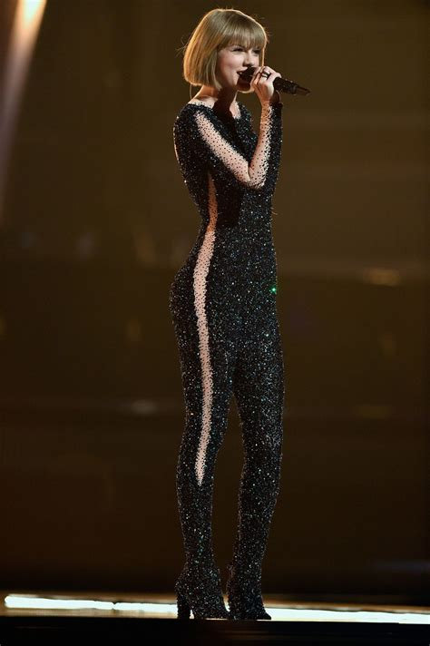 taylor swift performs  grammy awards   los angeles ca