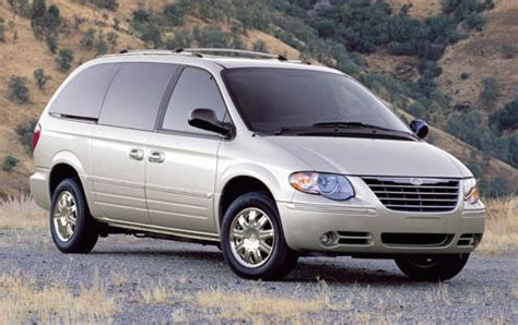 electric power steering 2005 chrysler town country seat position control used 2005 chrysler town and country for sale pricing features edmunds