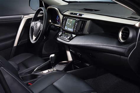 Interni Rav4 Nuova Toyota Rav4 Immagini Ufficiali E Dati Tecnici Della