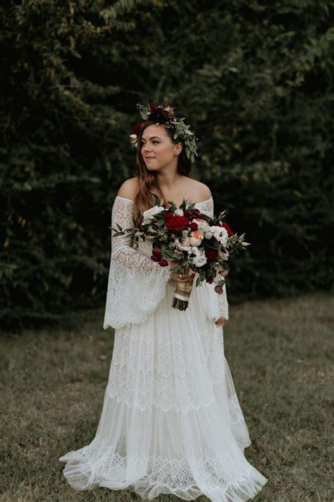 Bohemian Backyard Wedding by This Bohemian Backyard Wedding In Dallas Has Larger Than