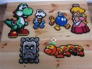 Bügelperlen Super Mario : 1000 images about mario bross hama on pinterest perler beads mario and super mario ~ Eleganceandgraceweddings.com Haus und Dekorationen