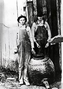 Charlie and Willie Hall with their moonshine still Clay ...