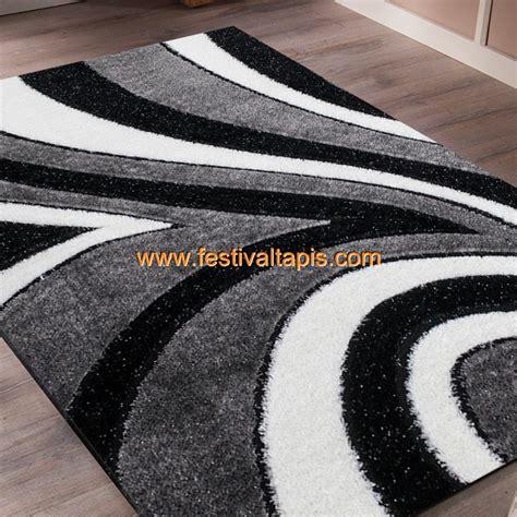 tapis shaggy moderne pars 233 m 233 de lurex coloris gris noir blanc funky 10 pas cher