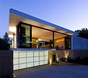 Rectable Design Exterior House With Glass Wall Curtains ...