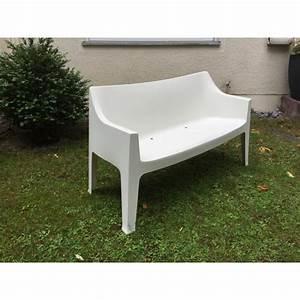 Gartenbank Weiß Wetterfest : gartenbank wei sofa kunststoff outdoor bank wei ~ Markanthonyermac.com Haus und Dekorationen