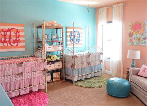 chambre fille et gar n décoration pour la chambre de bébé fille archzine fr
