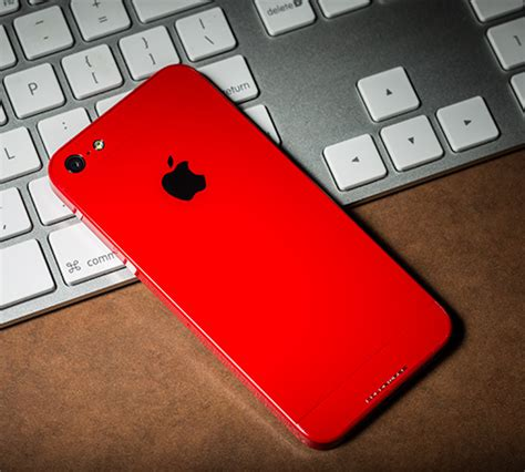customize iphone 5s colorware s custom color iphone 5 costs a cool 1700 cio