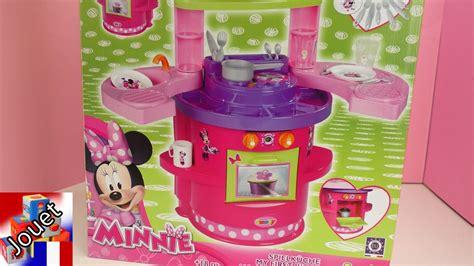 cuisine de minnie cuisine minnie mouse cuisine et four pour les enfants