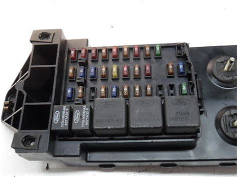 97 Ford Expedition Fuse Box by 97 98 Expedition F150 F250 98 Navigator Fusebox Fuse Box