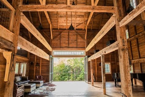 barn addition    century farm period homes